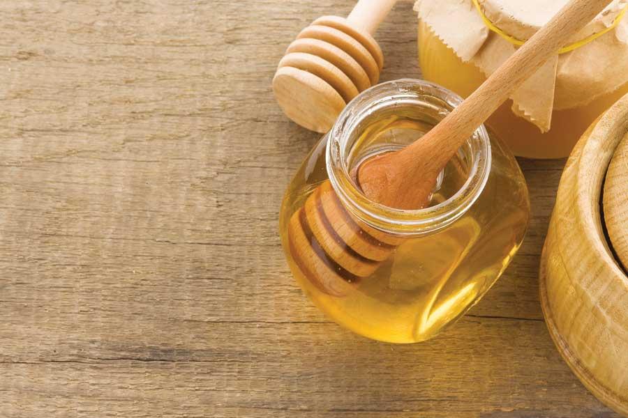 صورة ماسك للوجه بالعسل , خلطات للوجه بالعسل