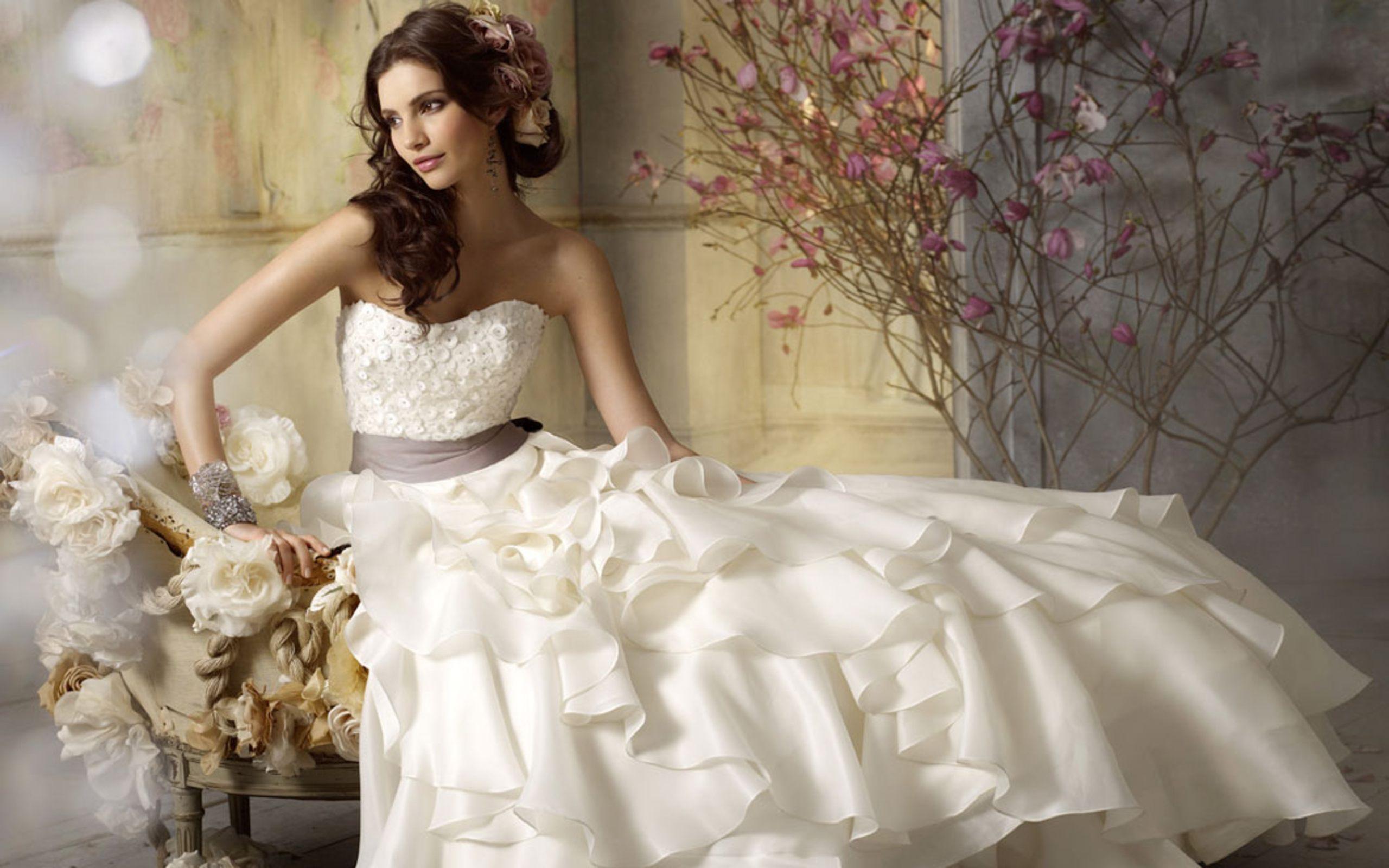 بالصور صور فساتين اعراس , شاهد احدث فساتين للاعراس 1681 5