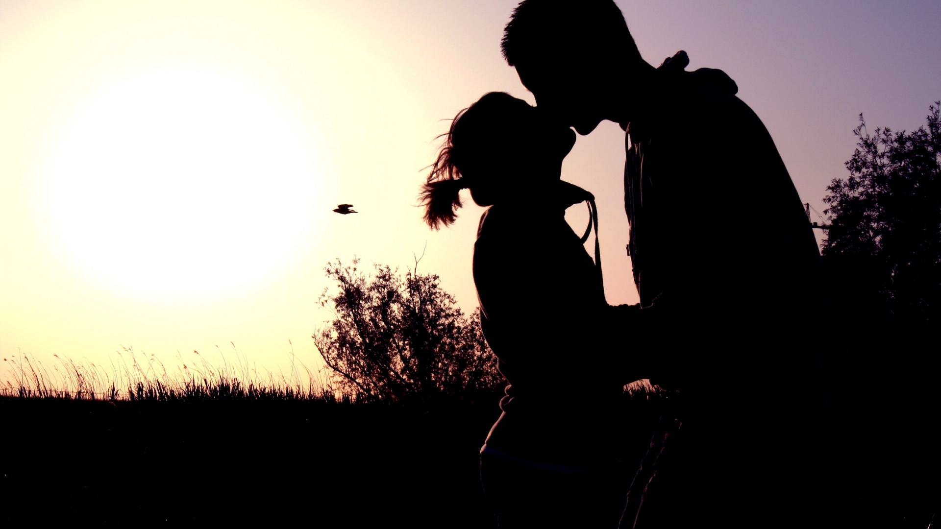 بالصور احضان الحبايب , صور احضان رومانسيه جدا 2084 9