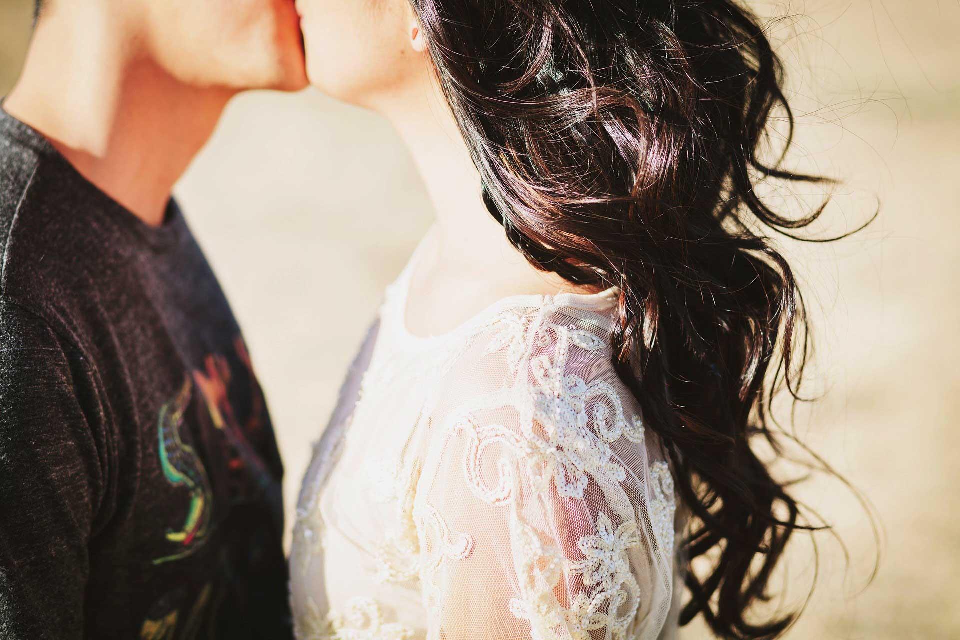 بالصور صور احضان متحركه , اجمل صور لحظات رومانسيه 2147 9