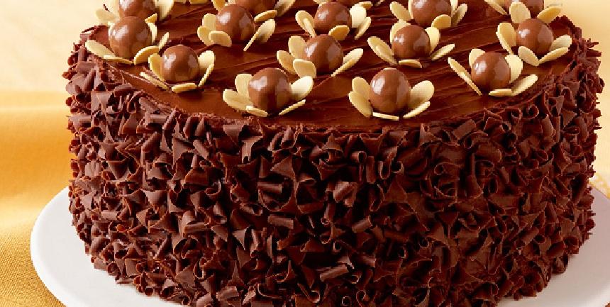 صور طريقة تزيين كيكة الشوكولاته , طريقة اعداد زينة كيك الشكولاته