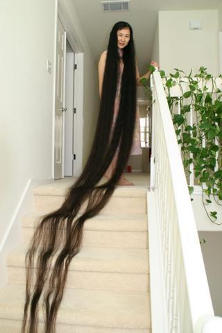 صورة اطول شعر في العالم , اطول سيدات تمتلك شعر 4952 2