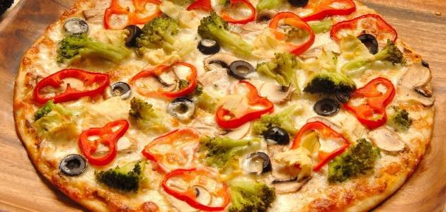 صورة طريقة عمل البيتزا في البيت , افضل الطرق لصناعه البيتزا فى المنزل