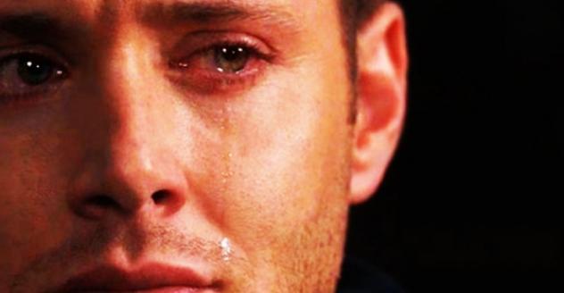 بالصور رجل يبكي , بوستات دموع رجل 702 10