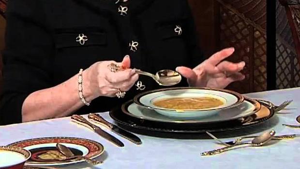 بالصور اتيكيت الطعام , تعرف علي اتيكيت تناول الطعام علي المائده 1192