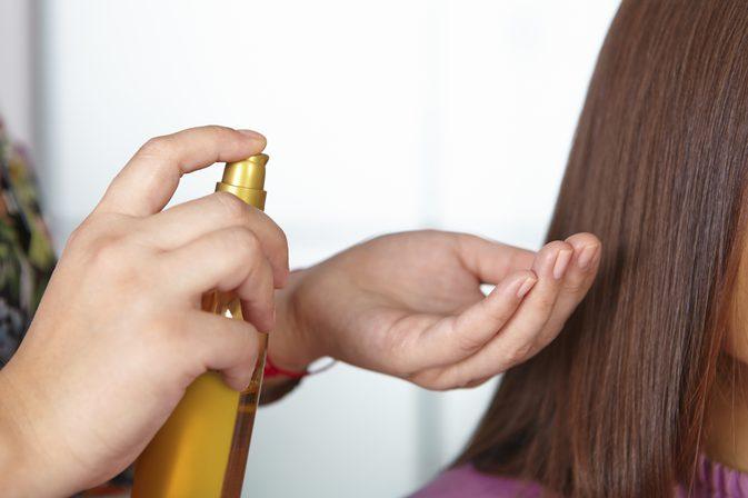 بالصور افضل زيت لتكثيف الشعر , زيوت مغذية للشعر لتكثيف الشعر الخفيف 135 1