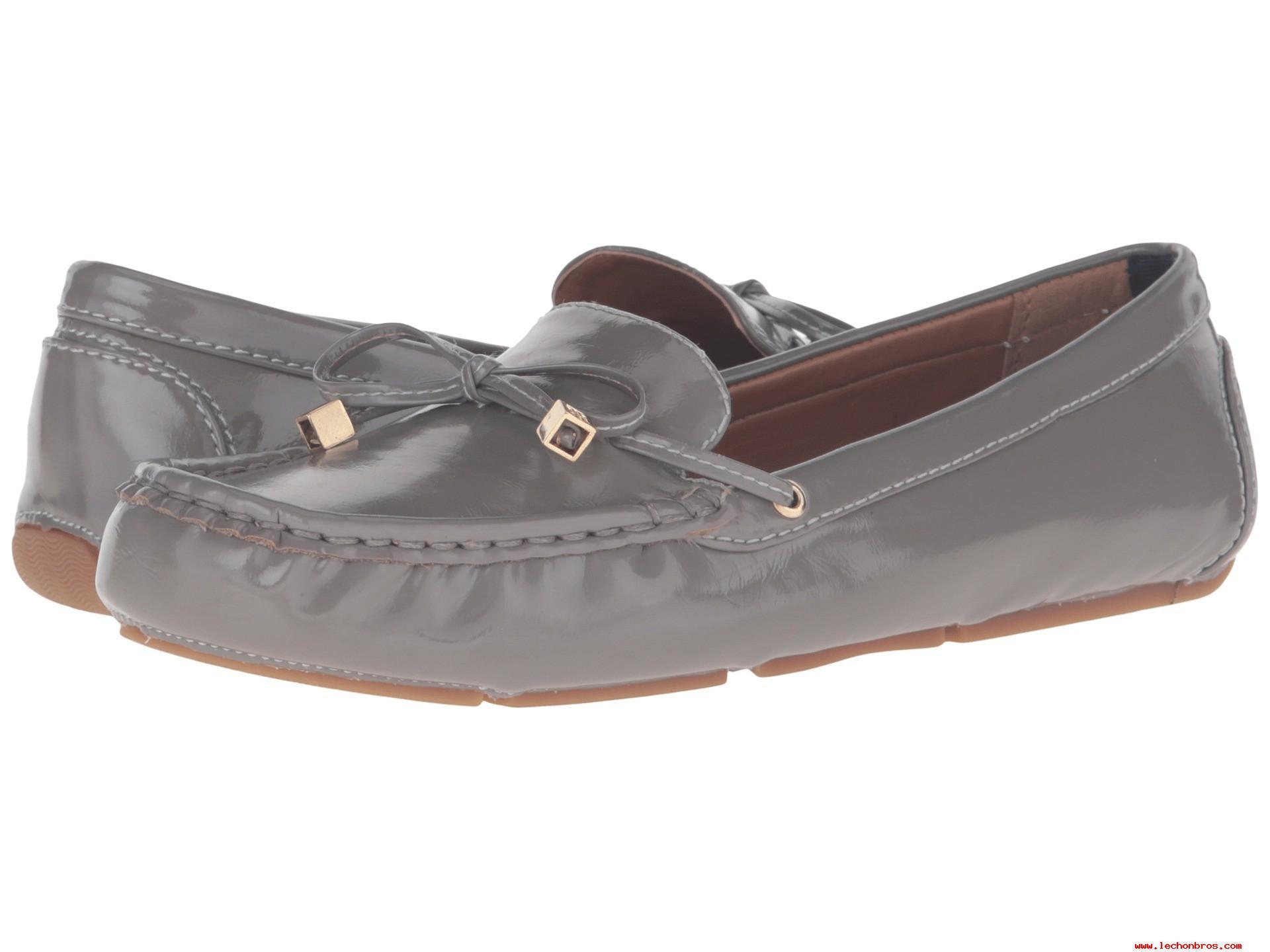 صورة احذية فلات , اخف واروع موضلات احذية على الارض