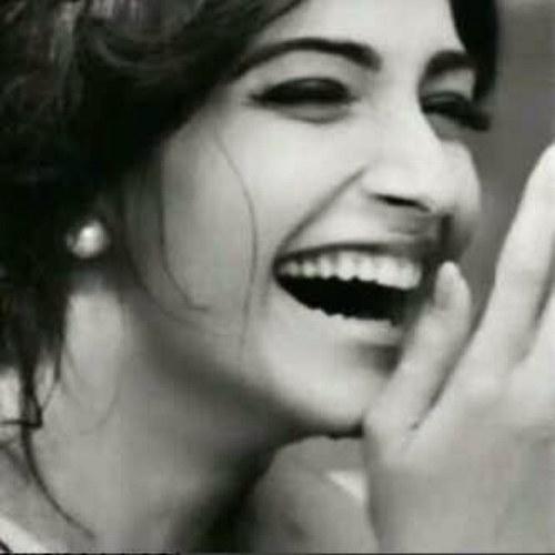 بالصور صور بنت تضحك , اجمل صور لضحكة من اجمل بنت على الاطلاق 361 9