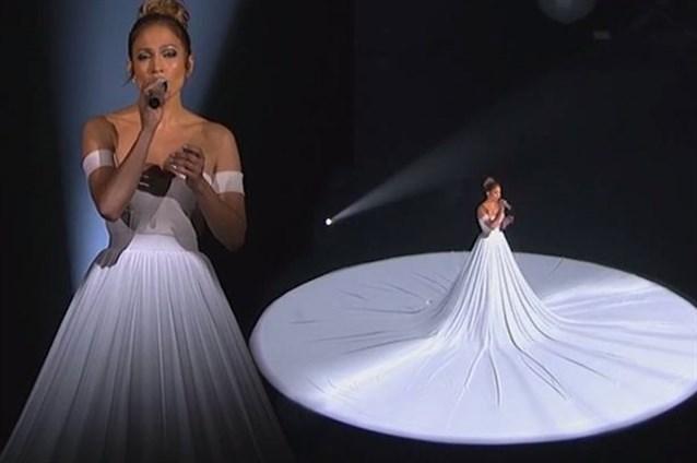 بالصور اجمل فستان في العالم , صورة لاشيك وارق فستان عالميا 478 1