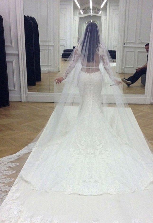 بالصور اجمل فستان في العالم , صورة لاشيك وارق فستان عالميا 478 4
