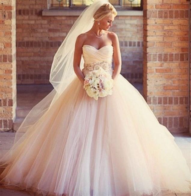 بالصور صور فساتين عروس , ديزينات فستان عروس الاحلام 814 5
