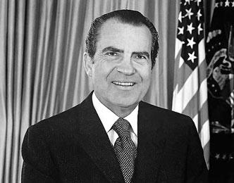 صور من هو اول رئيس امريكي يستقيل قبل نهاية حكمه