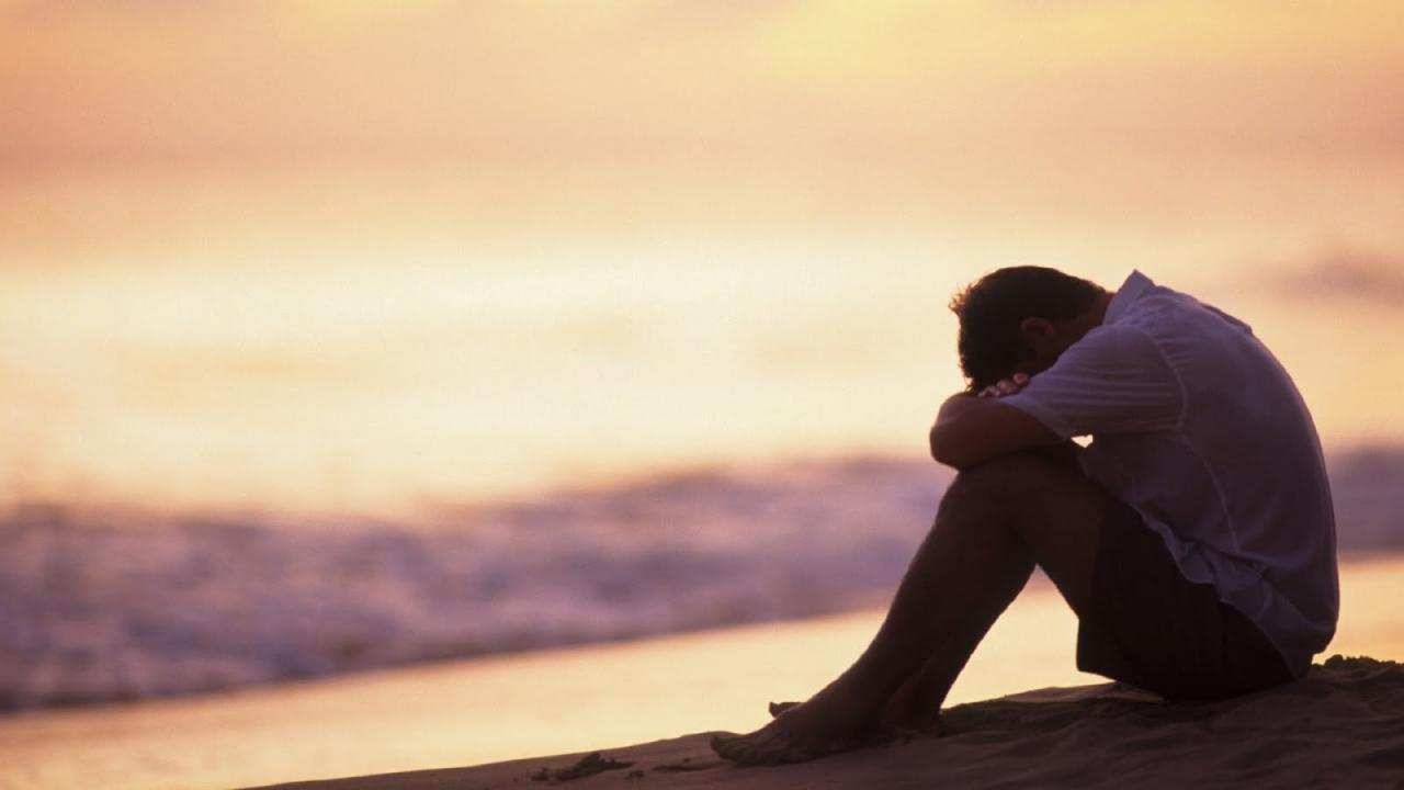 صورة صور شخص حزين 6222 3
