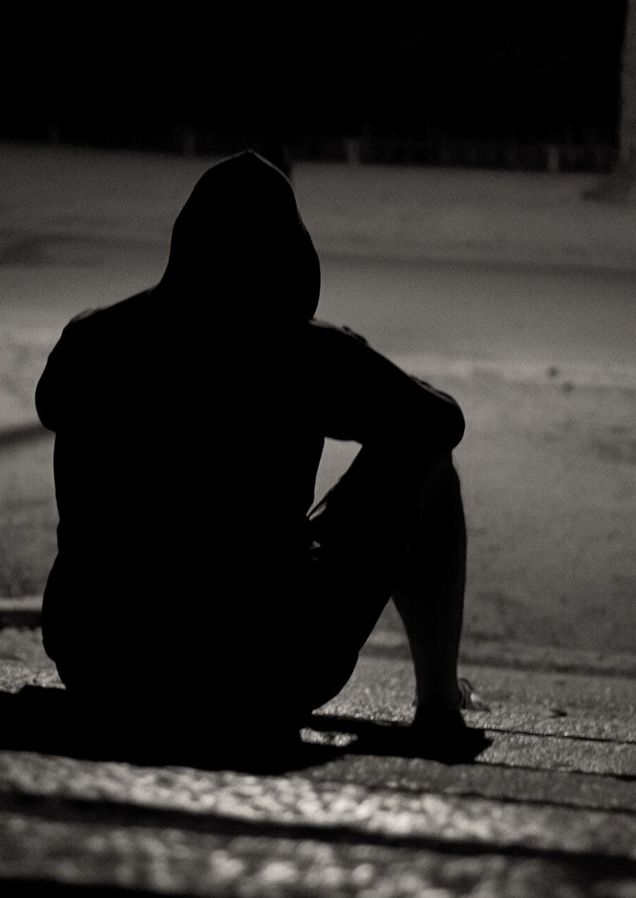صورة صور شخص حزين 6222 4